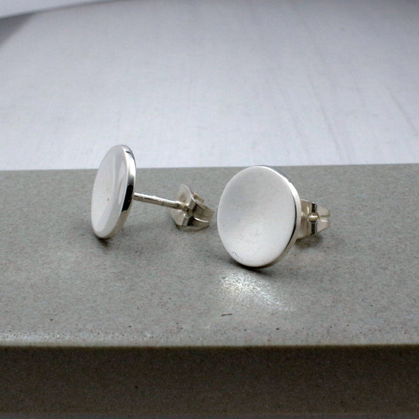 Small Dapped Disc Earrings - High-Polished Silver - Stud Earrings