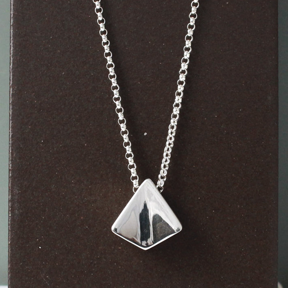 KITE Sterling Silver Pendant | High Polished Finish | Adjustable Silver Chain