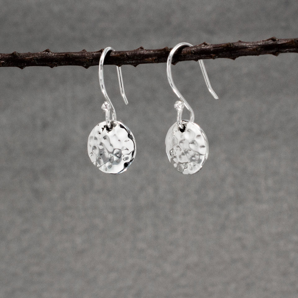 Small Disc Sterling Silver Earrings With Hammered Silver Finish | Silver earrings, silver dangle earrings, hammered silver earrings, oxidized silver earrings, brushed silver earrings, silver jewelry, inpiranza, silpada jewelry, wholesale silver jewelry