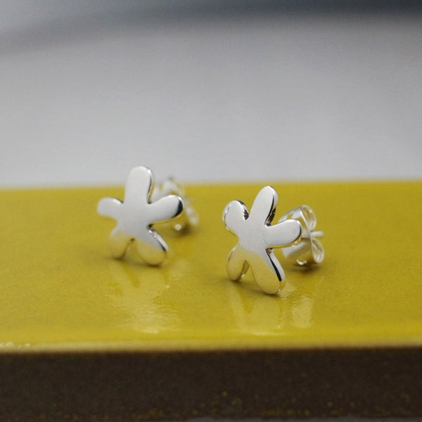 Small Daisy Earrings - High-Polished Silver - Stud Earrings