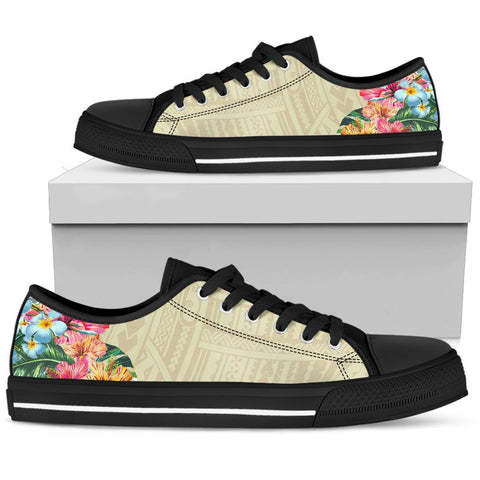 Image of Hawaii Polynesian Flowers Swimming Turtles Low Top Shoe