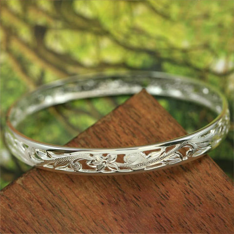 Image of Hawaiian Plumeria and Scroll with Plain Edge Bangle - AH - J7 - Alohawaii