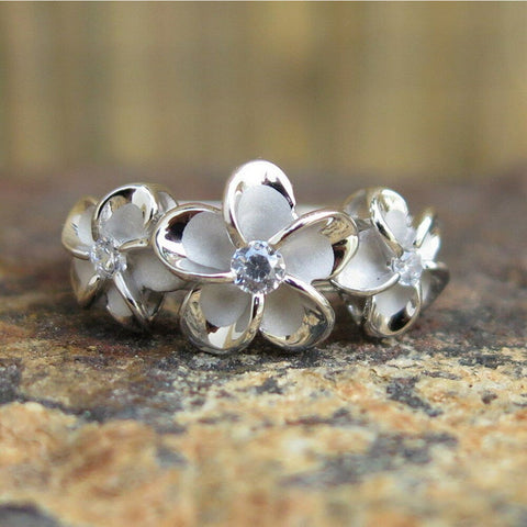 Image of Hawaii Sterling Silver Three Plumeria Flowers CZ Wedding Ring - AH - J7 - Alohawaii