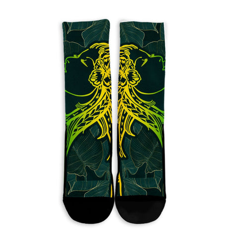 Hawaii Monstera Kalo Hula Girl Kanaka Maoli Crew Socks - AH - J4R | Alohawaii.co | Hawaii Accessories | Hawaiian Accessories | Hawaii Home Decor | Hawaiian Home Decor | Hawaii Crew Socks | Hawaiian Crew Socks