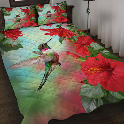 Image of Hawaii Hummingbird Red Hibiscus Quilt