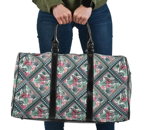 Hawaii Exotic Tropical Flowers In Pastel Colors Hawaii Travel Bag