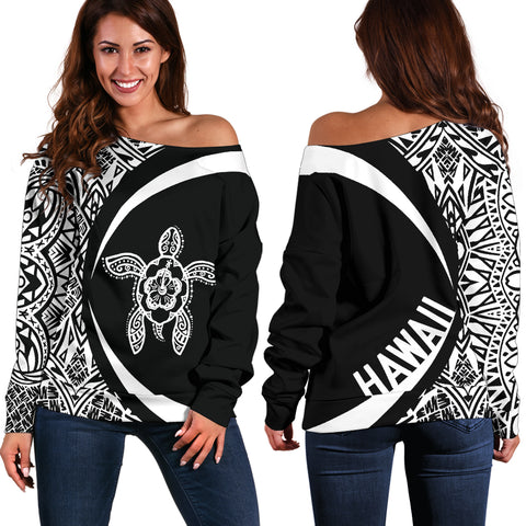 Hawaii Turtle Polynesian Women's Off Shoulder Sweater - Circle Style - Whitle