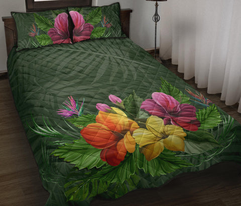 Colorful Hibiscus Quilt Bed Set