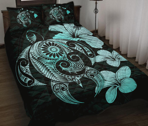 Image of Hibiscus Plumeria Mix Polynesian Turquoise Turtle Quilt Bed Set