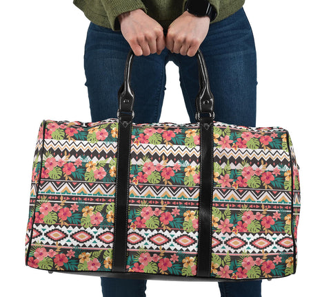Hawaii Hibiscus Ethnic Mix Tropical Flower Hawaii Travel Bag