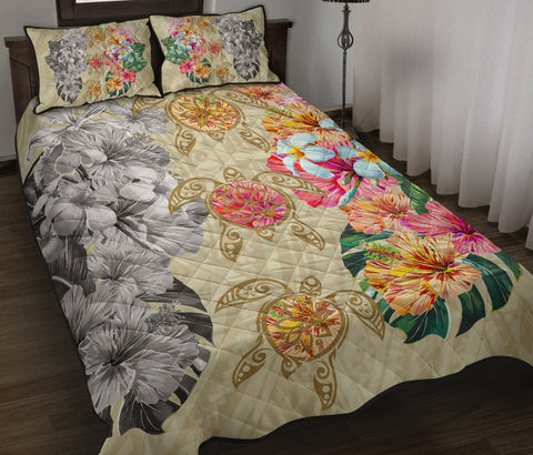 Hawaii Polynesian Flowers Swimming Turtles Quilt Bed Set
