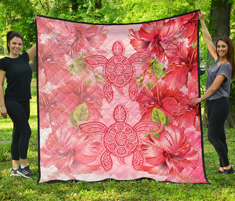 Image of Hawaii Turtle Hibiscus Premium Quilt