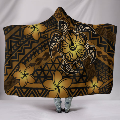 Hawaii Mix Polynesian Turtle Plumeria Hooded Blanket