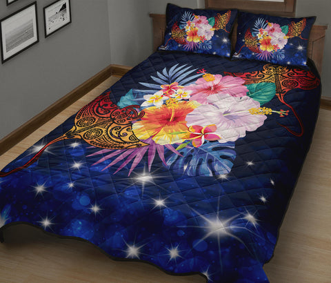Hawaii Couple Manta Ray Plumeria Hibiscus Tropical Polynesian Quilt Bed Set