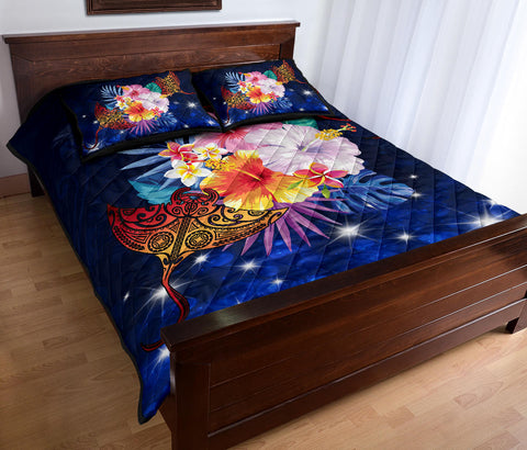 Hawaiian Couple Manta Ray Plumeria Hibiscus Tropical Polynesian Quilt Bed Set