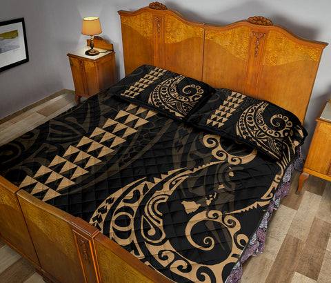 Image of Polynesian Quilt Bed Set