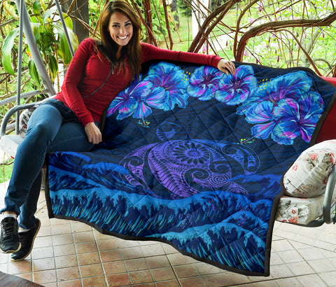 Hawaiian Turtle Hibiscus Polynesian - Premium Quilt - Lucy Style - AH - J2