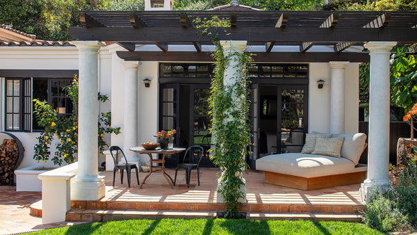 Inside Kendall <br> Jenner's Cozy L.A. <br> Hideaway
