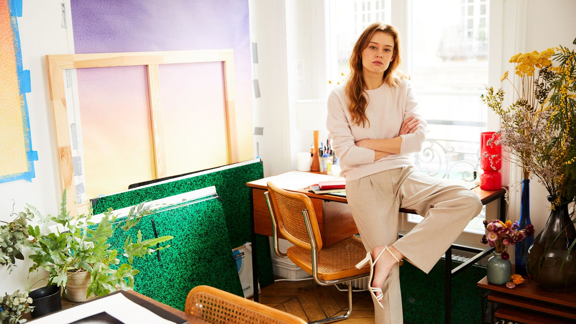 Inside <br> Cyrielle Gulacsy's <br> Parisian apartment