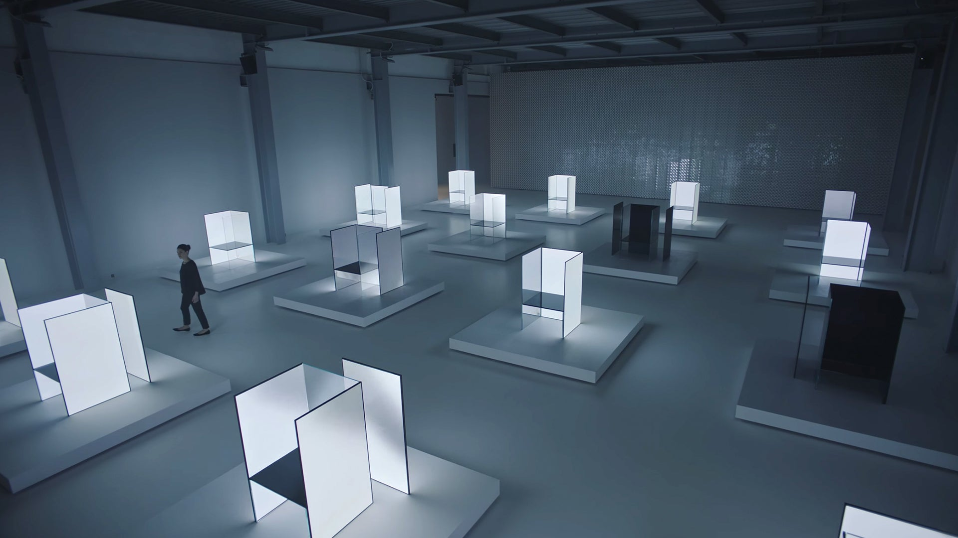 Tokujin Yoshioka<br> Science Fiction<br> Inspired Light <br> Installation