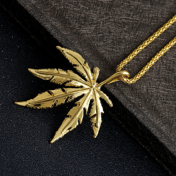 New Design Iced Out Weed HipHop Necklace&Pendant Maple Leaf Pendant