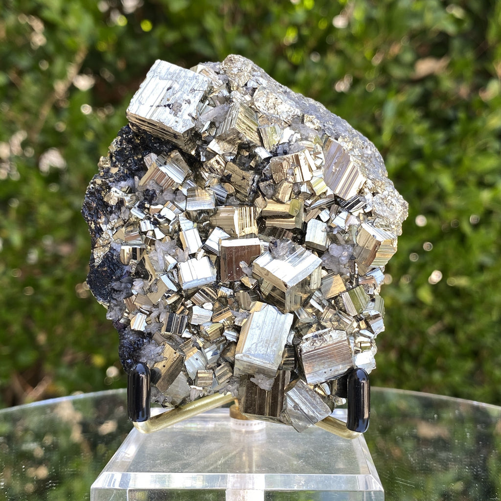436g 9x8x4cm Gold pyrite with black Galena from Peru - Locco Decor