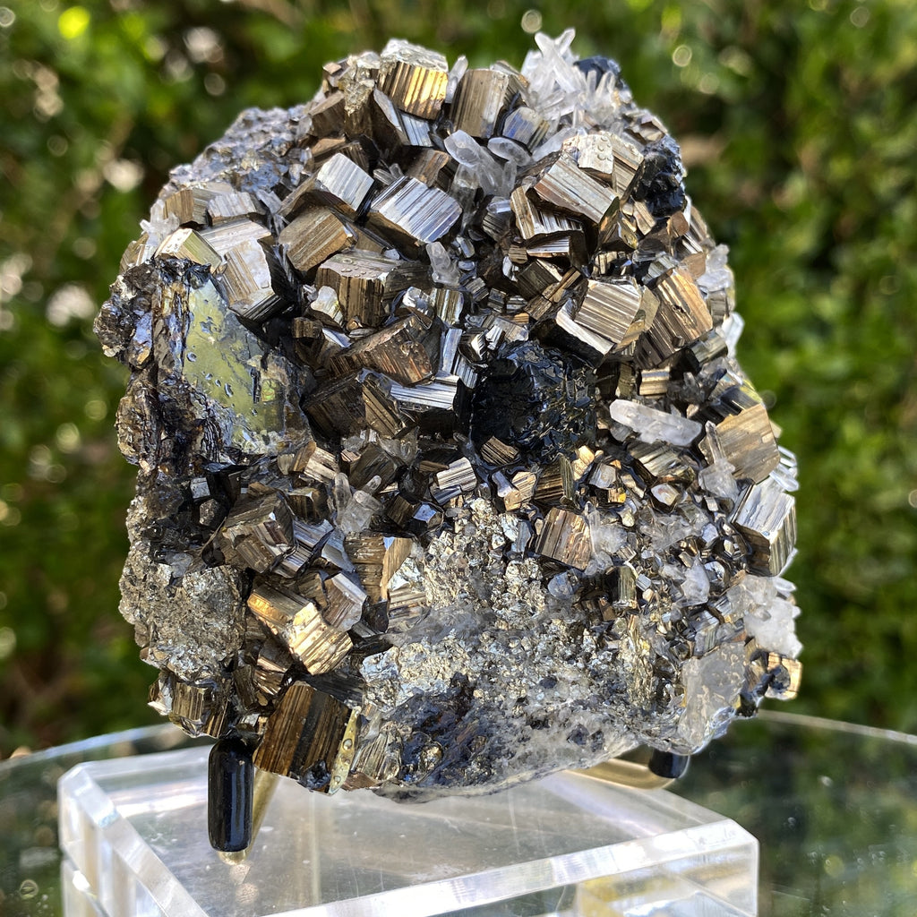 646g 8x8x7cm Gold pyrite with Quartz Galena from Peru - Locco Decor