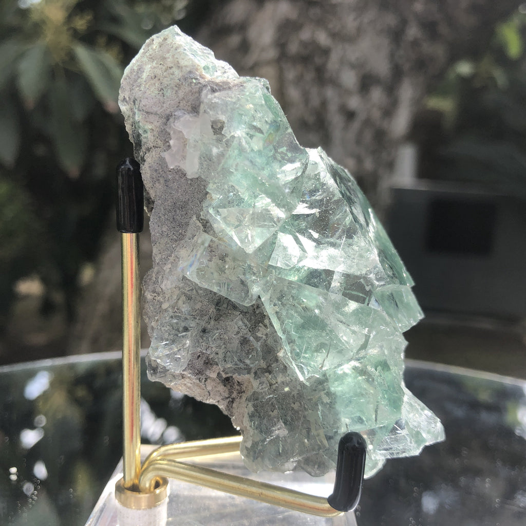136g 9x5x4cm Glass Green and Clear Fluorite from Xianghualing,Hunan,CHINA - Locco Decor