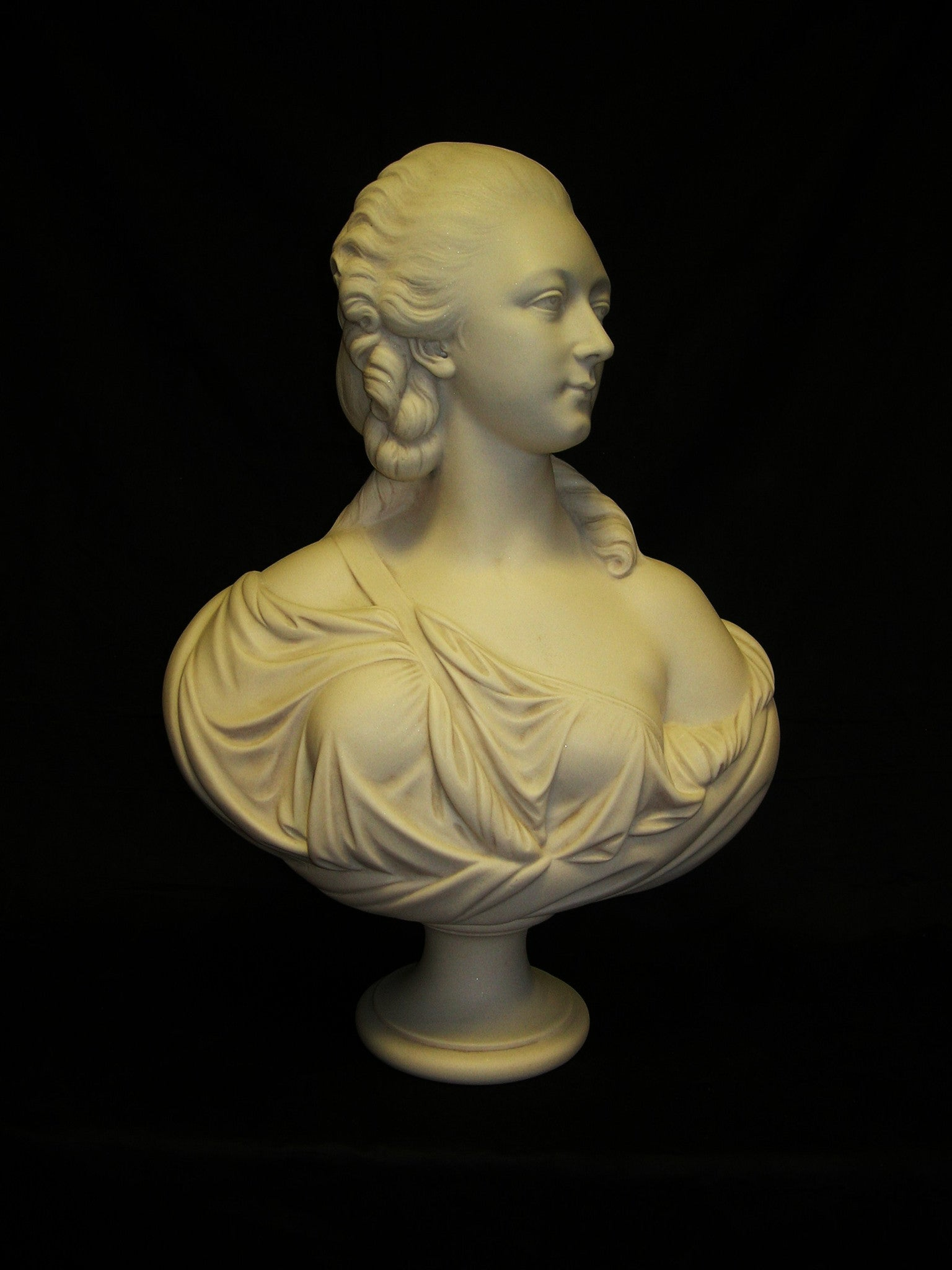 Madame Dubarry Bust