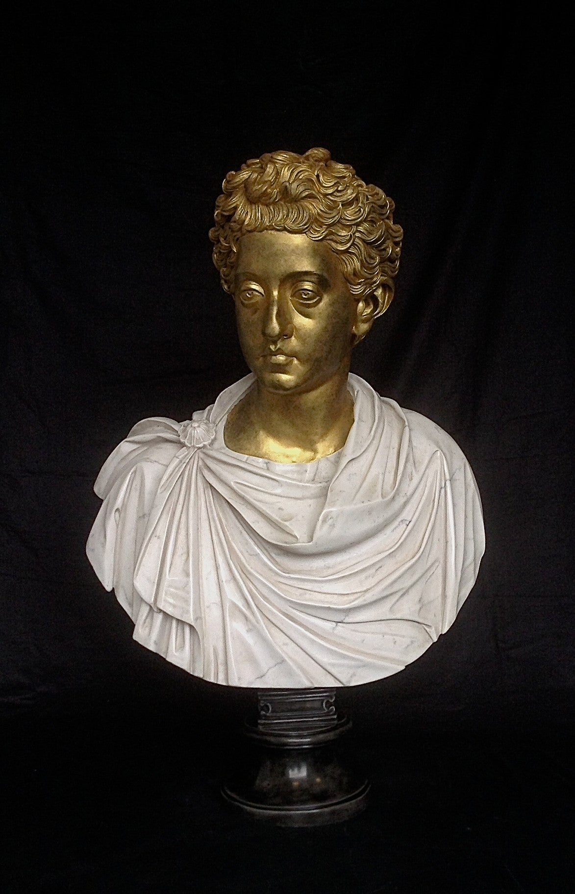 Commodus Bust With Gilt head