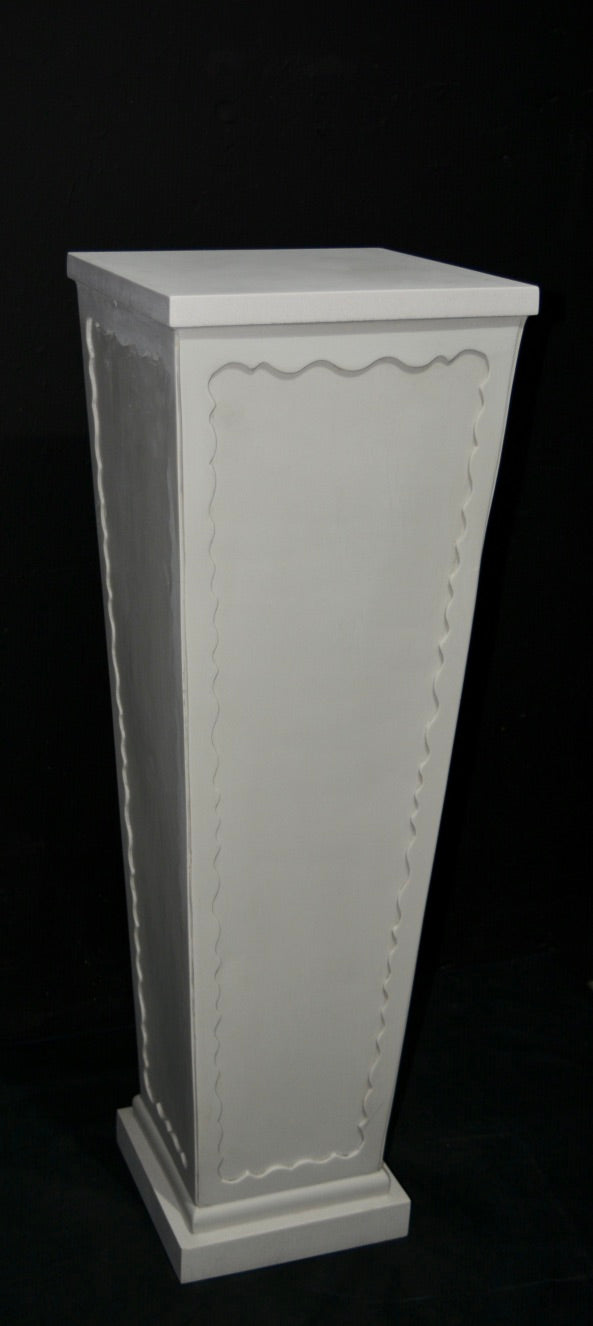V' Column with Decorative Edging