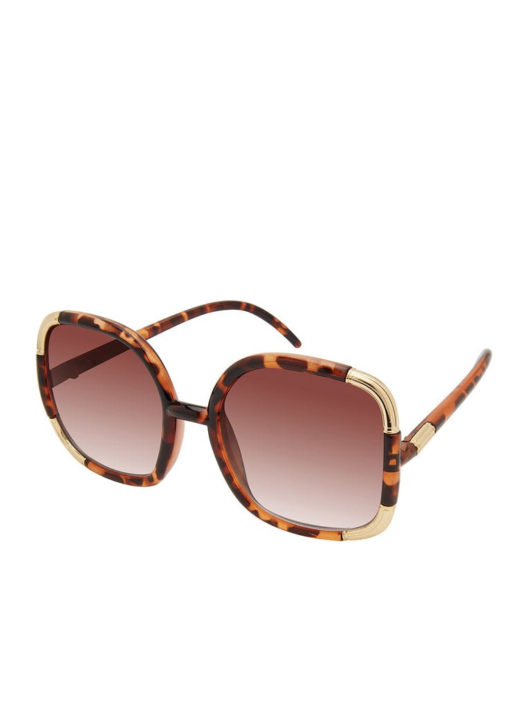 Over-Sized Oval Sunglasses in Tortoise