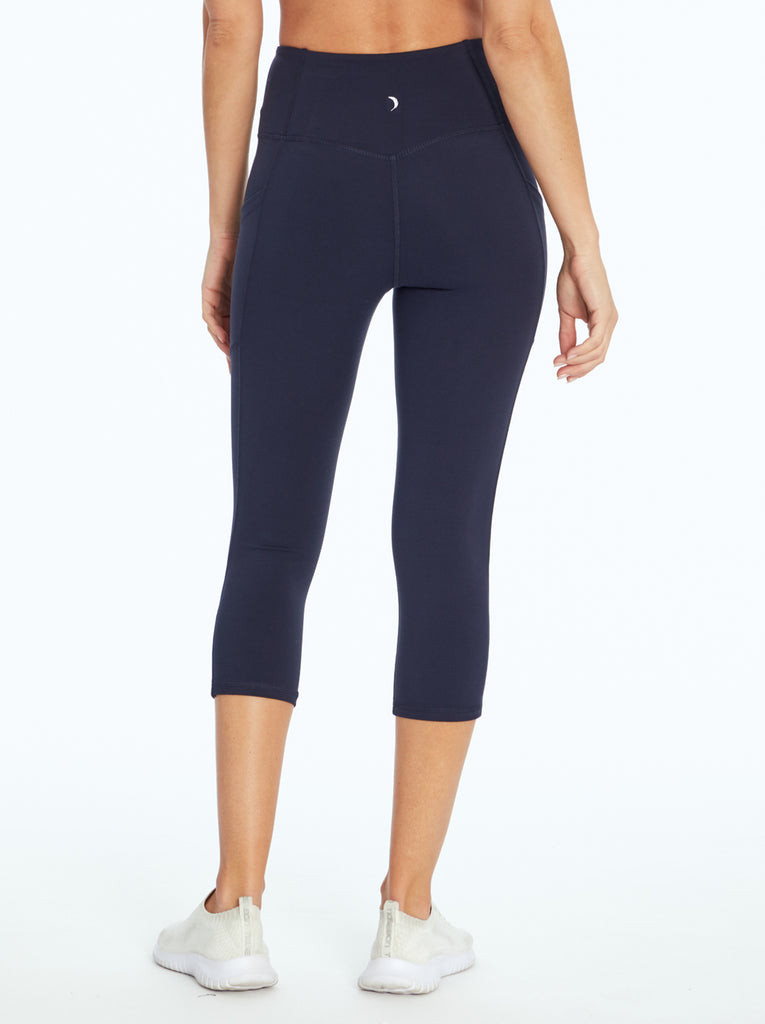 Tummy Control Capri in Midnight Blue