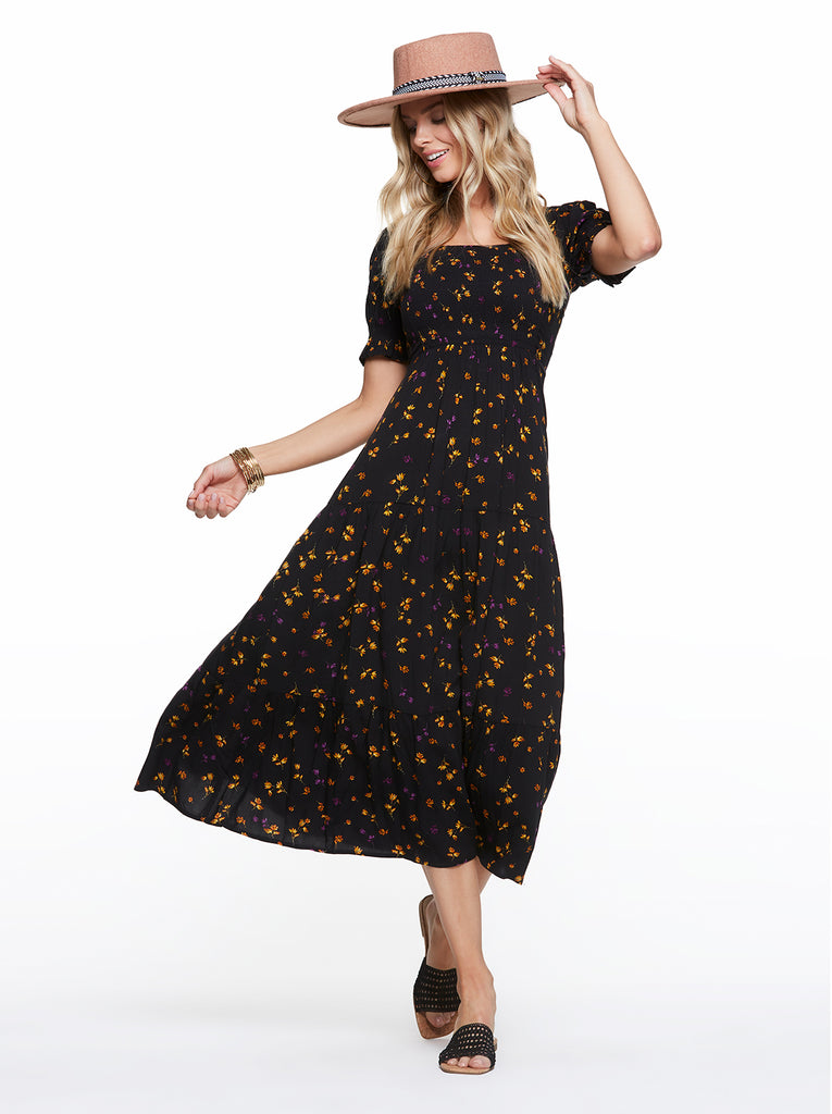Abril Maxi Dress in Black Stranded Peatals