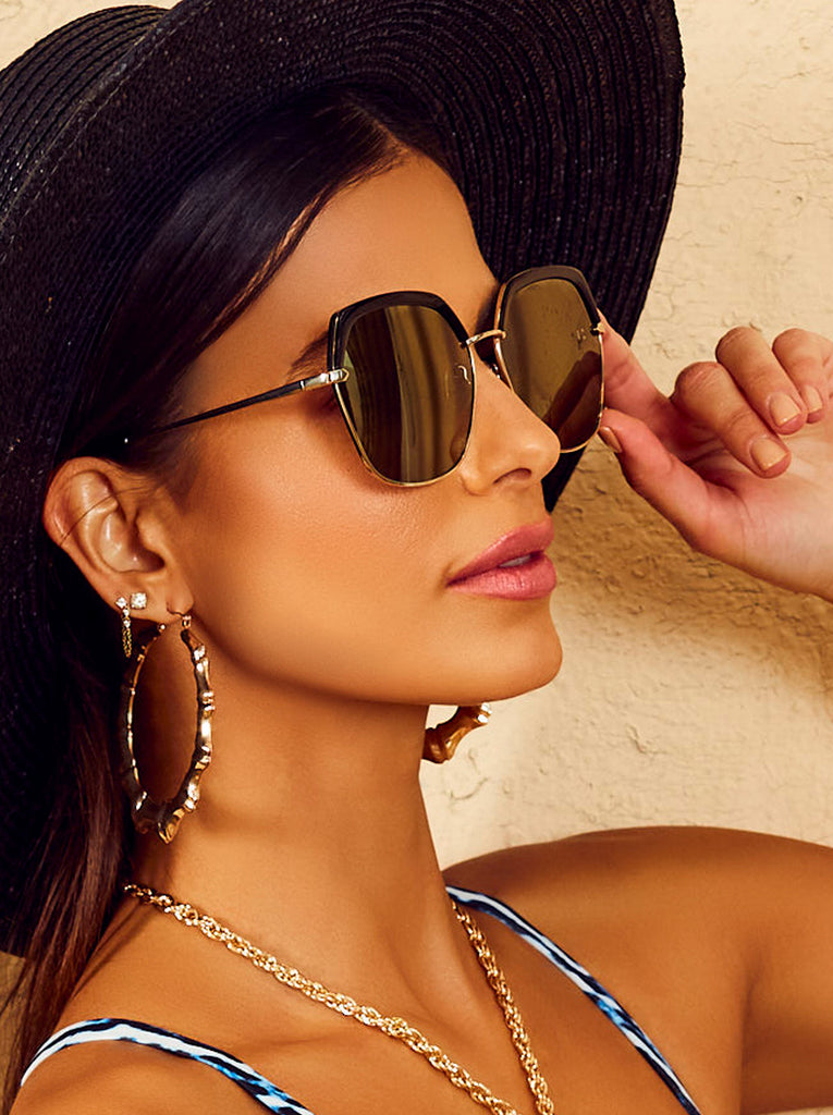 Trendy Geometric Glam Sunglasses in Gold & Black