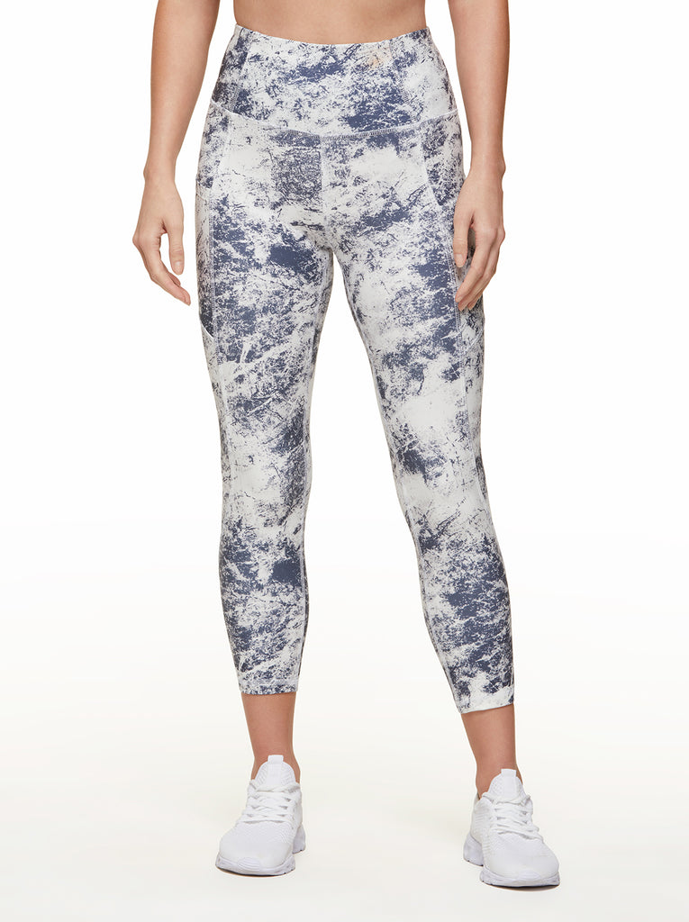 Tummy Control Capri in Ombre Blue Granite