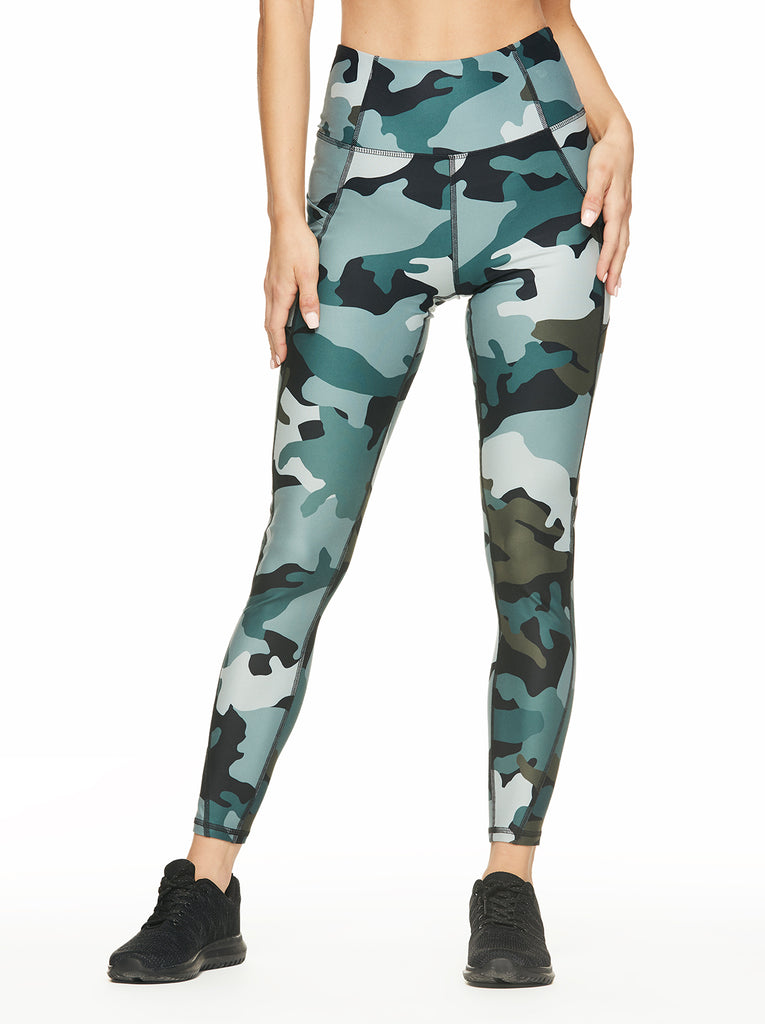 Tummy Control Ankle Legging in Abyss Clouded Camo