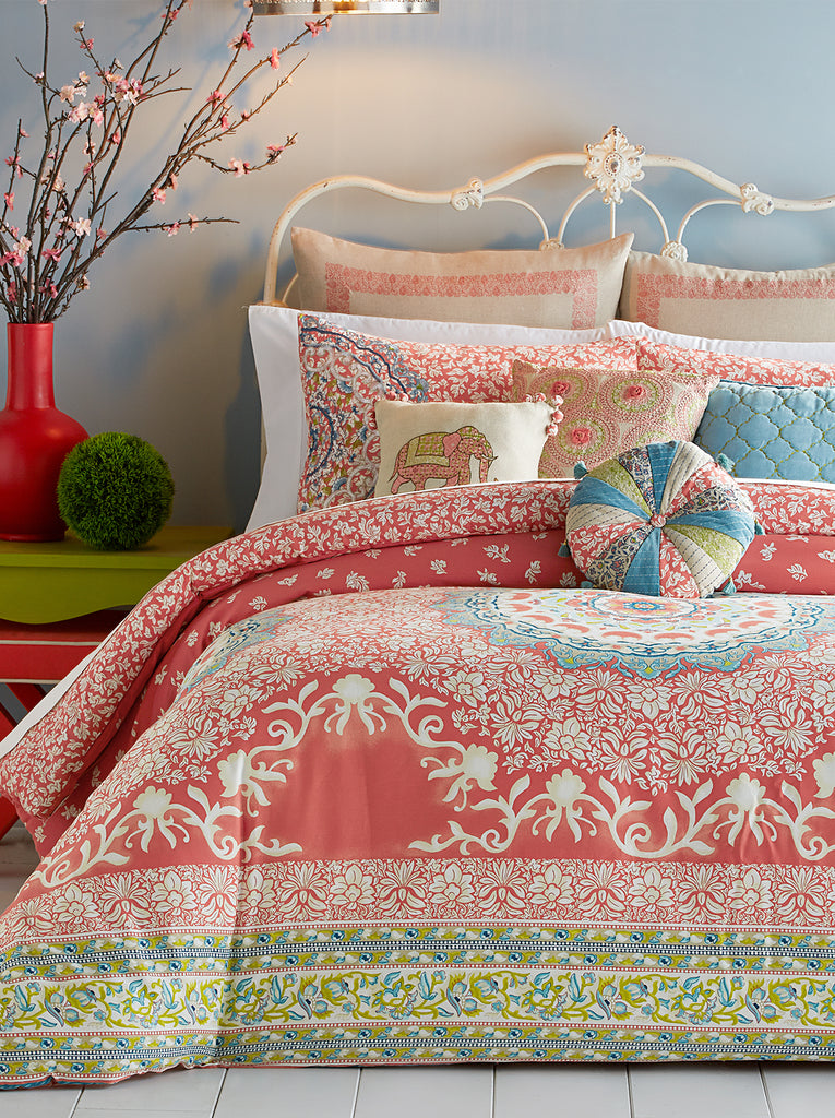 Amrita Medallion Comforter Set