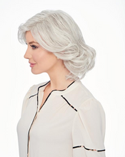 Load image into Gallery viewer, HAIRDO® BY HAIR U WEAR - BOMBSHELL BOB WIG