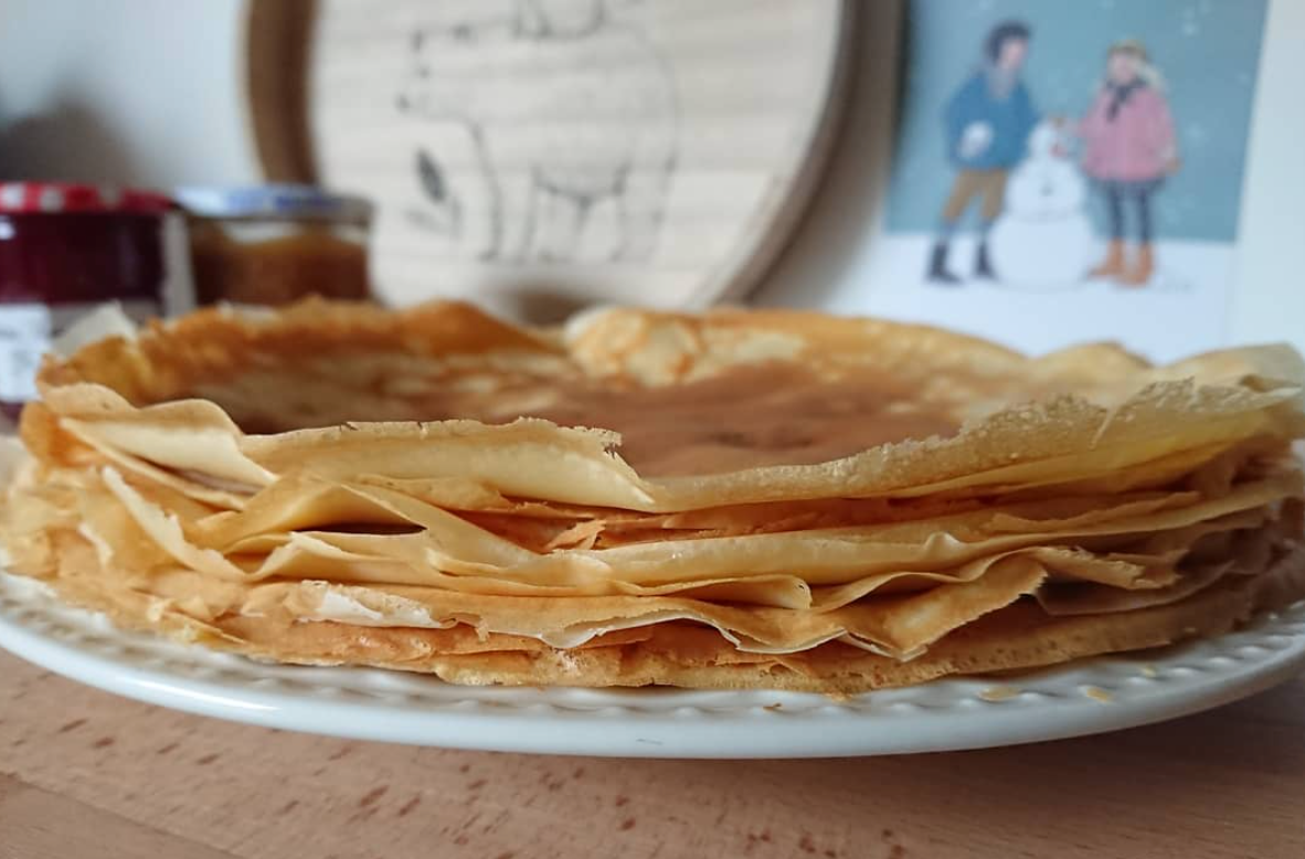 French crêpes - photo by @hugoetgaspard - cooking with kids