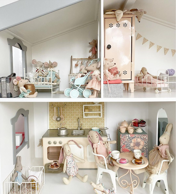 Childrens' Maileg doll house