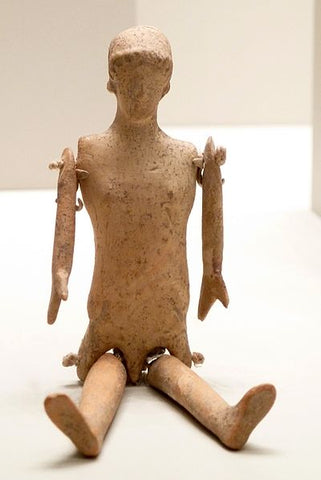 https://commons.wikimedia.org/wiki/File:Greek_Doll_-_Getty_Villa_Collection.jpg
