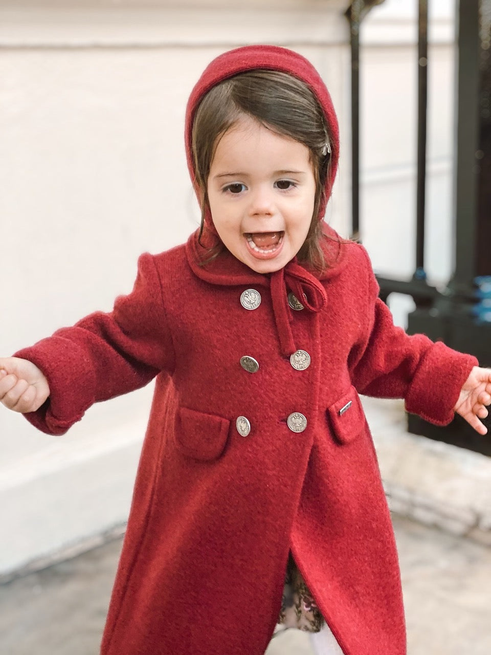 Marae coat and matching bonnet Charlotte sy Dimby