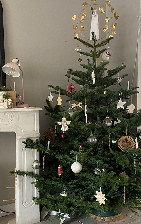 French traditions - Family Christmas tree