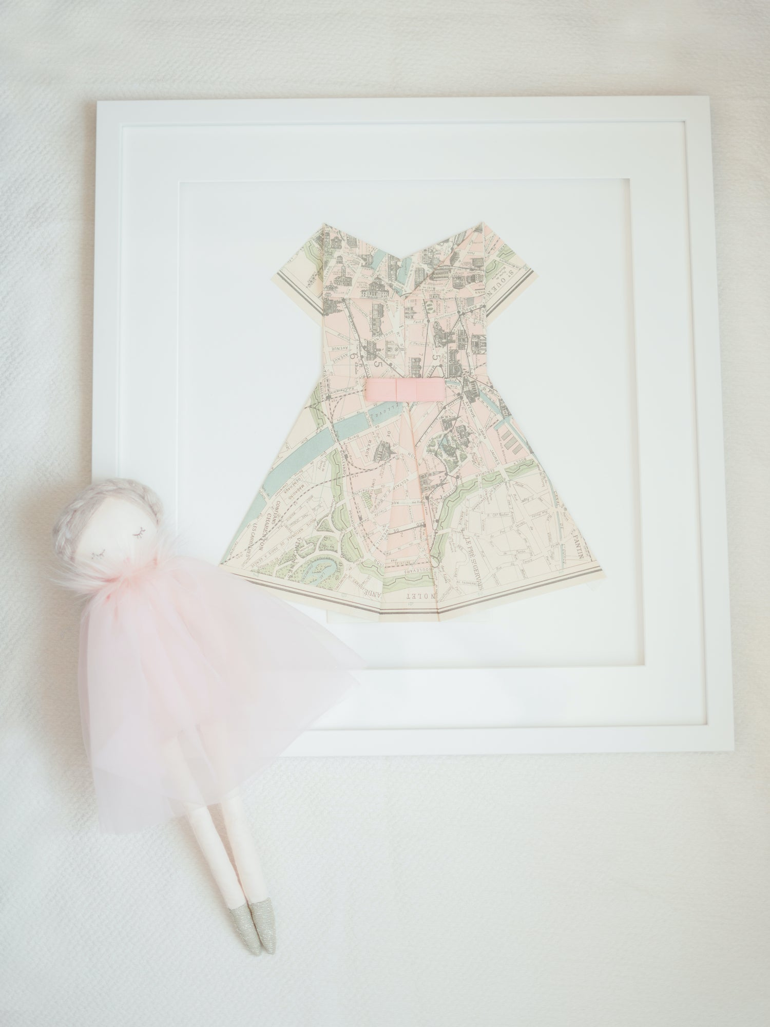 Nursery decor - French lovers - Paris inspiration - Celebrate Childhood - Charlotte sy Dimby