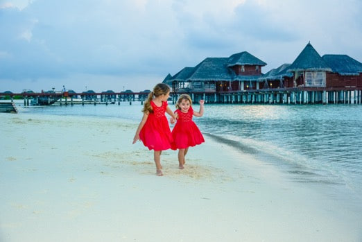 Holidays in Maldives with handmade Netti smocked dresses - Thank you for sharing such a poetic picture. You make us dream!