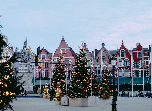 Christmas family traditions in Belgium - Mothers share Charlotte sy Dimby blog