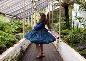 handmade-smocked-dress-winter-ruffle-tartan-charlottesydimby-frenchstyle-baby-girl-classic-chic