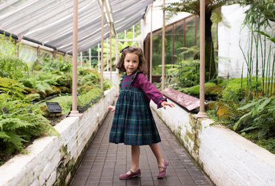 baby-girl-smocked-dress-handmade-tartan-print-green-purple-ruffle-classic chic-frenchstyle-charlottesydimby