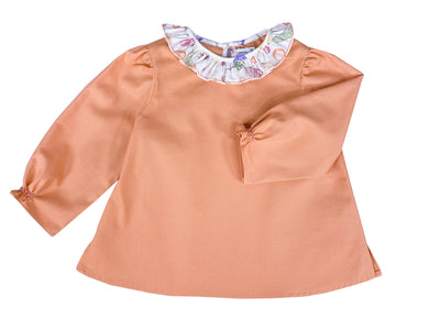 Handmade clementine blouse. Long sleeves with delicate embroideries and scallop collar  for girls. Daily chic look